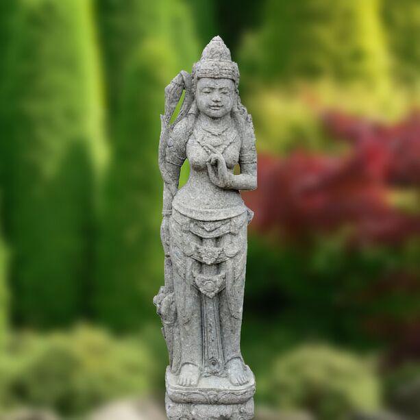 garten stein statue nuadu