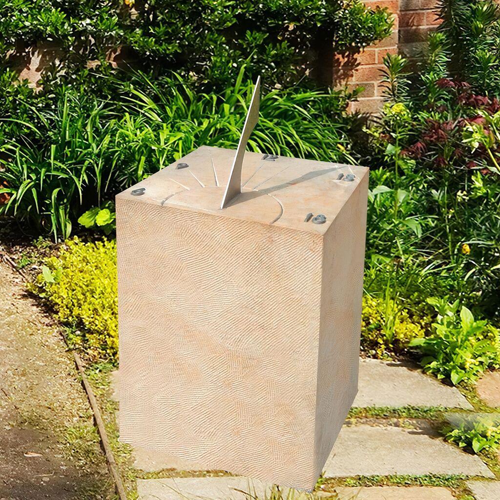 Handwerkliche Sonnenuhr aus Sandstein - Tempora