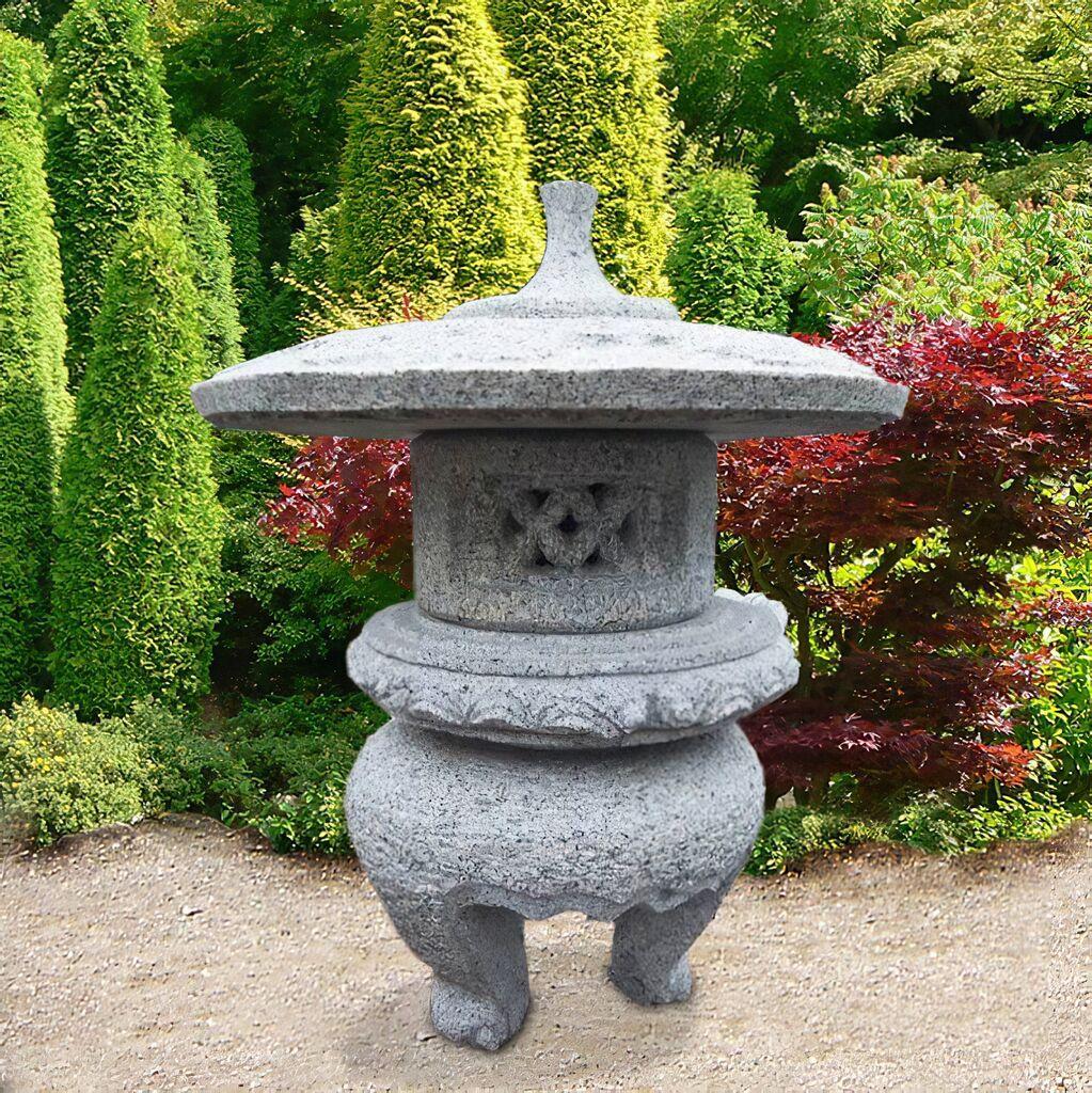 Japanische steinlaterne ikoma for Japanische gartendekoration