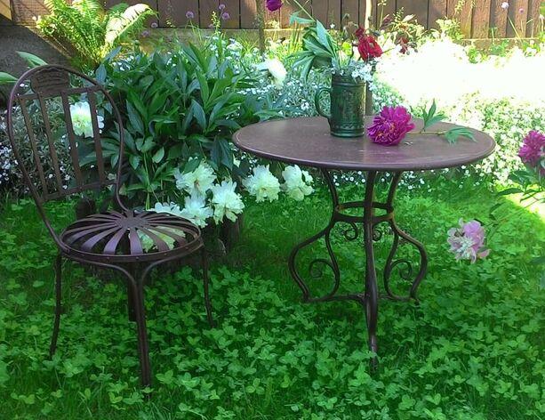Bistro Garten Tisch Rund Aus Metall Nostalgisch Noelie With Garten  Klapptisch Rund