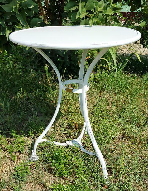 ... Kleiner Runder Garten Tisch Aus Antik Metall   Pelage ...