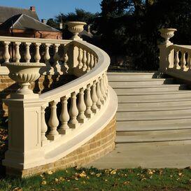 """Balustrade """"Espiralum"""" Geländer aus Steinguss in weiß, beige oder terrakotta"""