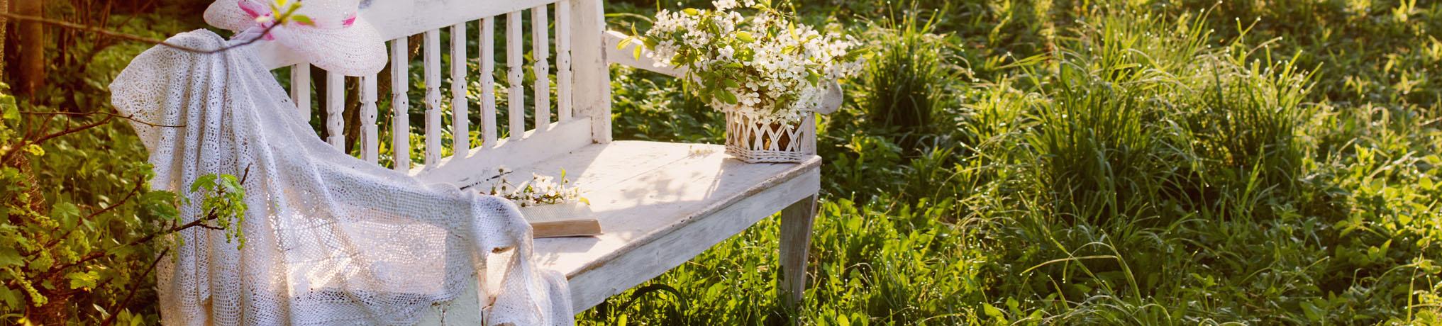 Gartenbänke online kaufen