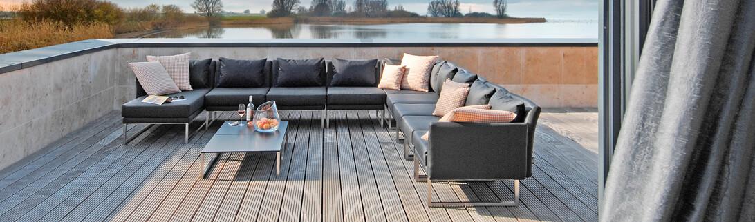 hochwertige gartenm bel online kaufen. Black Bedroom Furniture Sets. Home Design Ideas